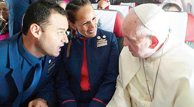 Papa Casa Miembros Tripulación Vuelo Iquique