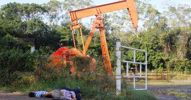 Asesinan Hombres Pozo Petrolero