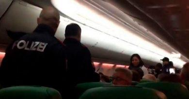 Aterrizan de emergencia por pasajero flatulento