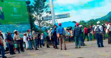 Campesinos Amenazan Bloquear Carretera
