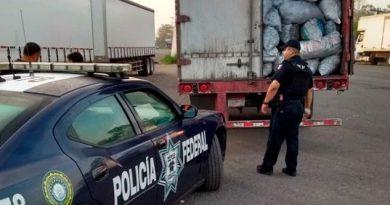 Detiene PF Camión Carbón Cosoleacaque