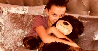 Millie Bobby Brown Primer Novio San Valentín Enternecen Red