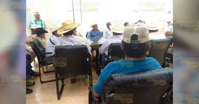 Demandan mejora de caminos e introducción de agua potable