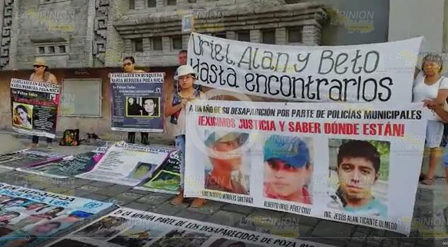 Familaires Buscan Desaparecidos