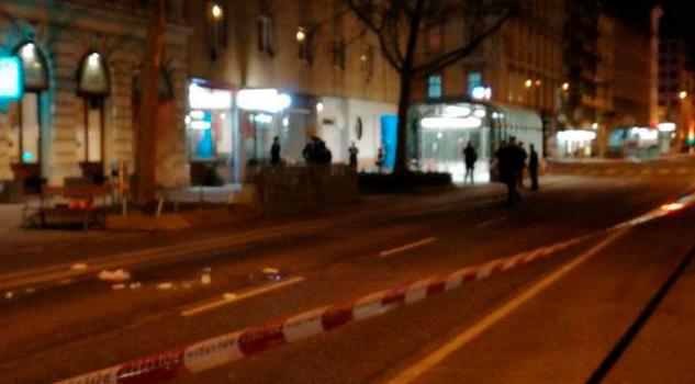 Varios Heridos Graves Apuñalamiento Viena