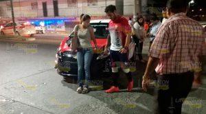 Aparatoso Accidente Entre Taxi Motocicleta