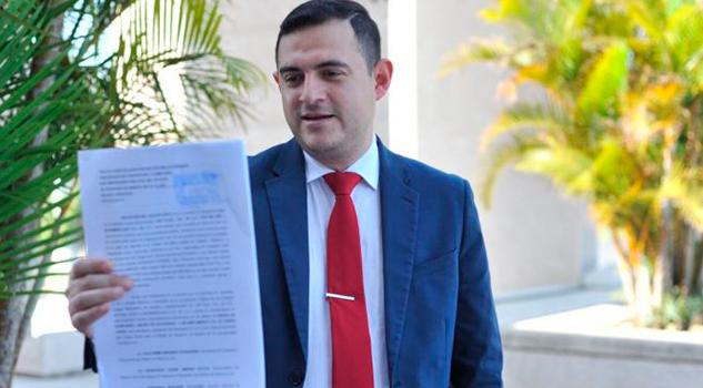 Denuncian Sefiplan Retiene 47 mdp Maestros Burócratas