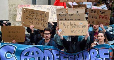 Estudiantes Bloquean Facultades Francia Contra Planes Macron