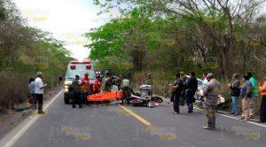 Motociclistas Estampan Contra Camioneta
