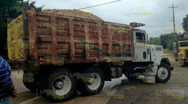 Ruletero Estampa Unidad Contra Camión Materialista