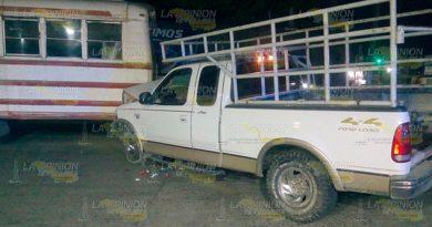 Se Estampa Contra Camión Pasajeros