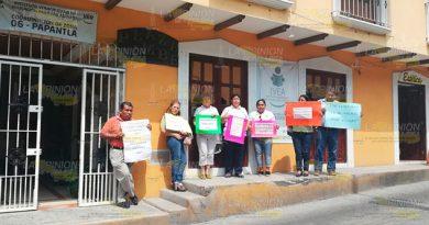 Se Manifiestan Trabajadores IVEA