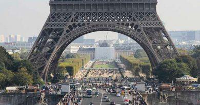Torre Eiffel Cierra Hay Huelga Agentes Seguridad