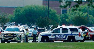 10 Muertos Tiroteo Escuela Secundaria Texas