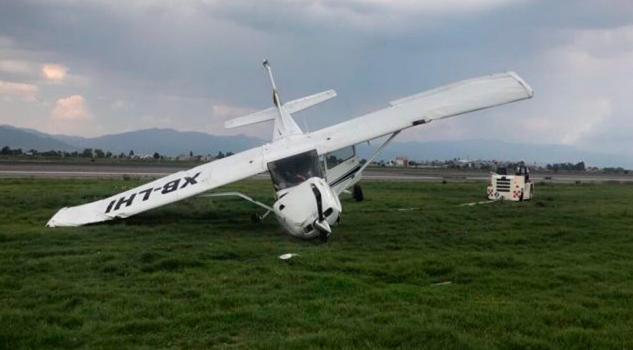 Avioneta Cessna Despista Aeropuerto Toluca