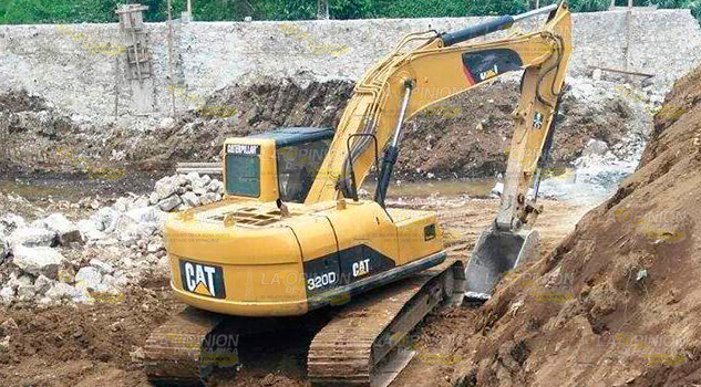 Clausuran Obra Obstruye Río Pero Trabajos Siguen