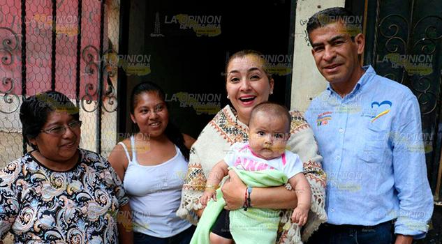 Con Propuestas Cercanía Gente Avanza Campaña Paty Valencia