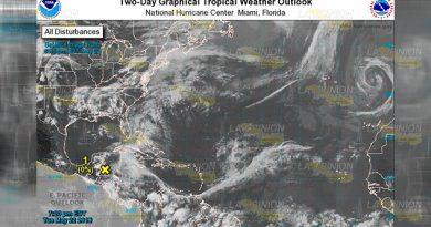 Disturbio 90L 50% Probabilidad Evolucionar Ciclón Tropical