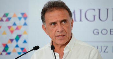Empresa Ferroviaria Dio Información No Sustentada Yunes Linares