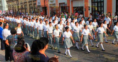 Lucido Desfile 5 Mayo Papantla