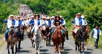Participa Paty Valencia Megacabalgata