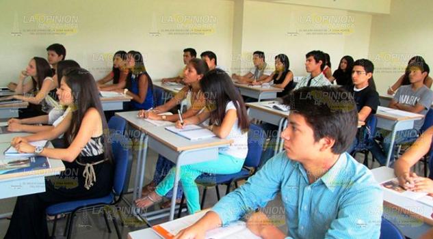 Buscan Evitar Deserción Escolar Tihuatlán