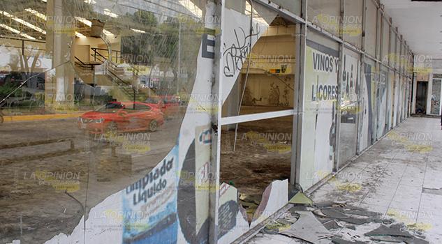 Edificios Poza Rica Abandono
