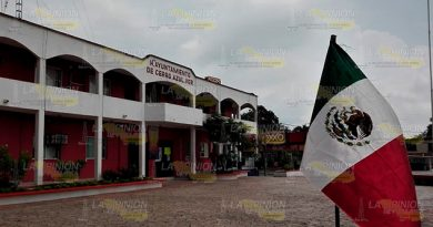 Emplazan Huelga Cerro Azul