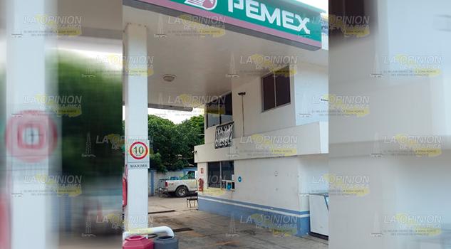 Se Agota Gasolina