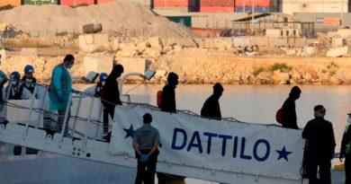 Valencia Recibe 630 Migrantes Rescatados Mediterráneo