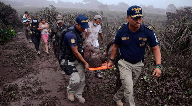 Van Al Menos 25 Muertos Erupción Volcán Fuego Guatemala