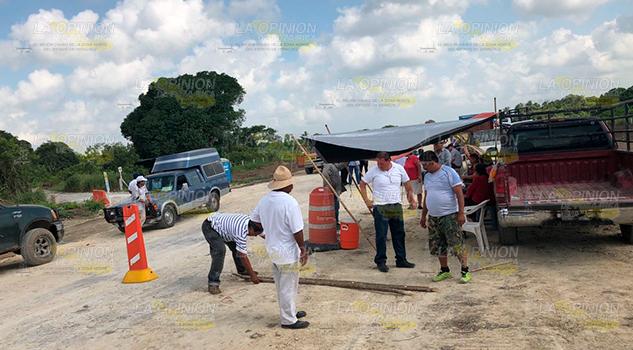 Continúa Bloqueo Construcción Autopista Tuxpan Tampico