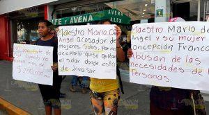 Familias Predio Lucio Cabañas Naranjos Protestan Contra Dirigente