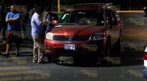 Fuerte Choque Entre Taxi Camioneta Madrugrada