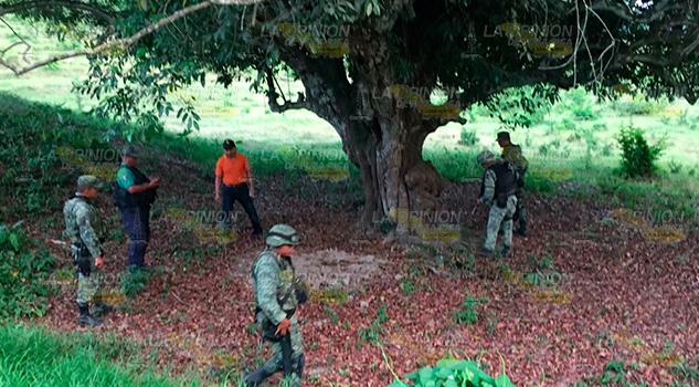 Hallan Probable Fosa Clandestina Localidad Coatzintla