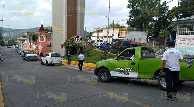 Realizan Operativo Vehículos Tihuatlán