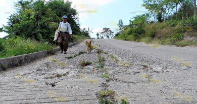 Reconstruirán Carretera Recursos Propios