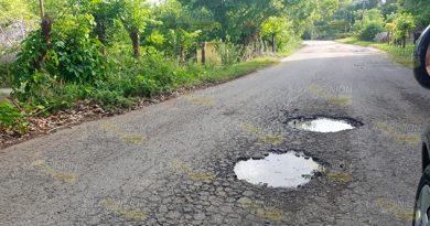 Se Deteriora Carretera Chaparrales