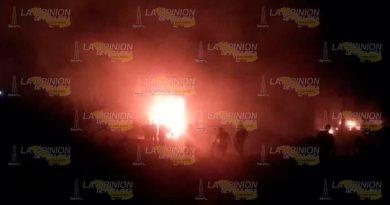 Se incendian en Tamiahua dos tractocamiones de la empresa GDI