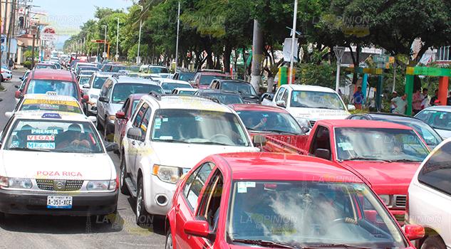 """Solo 15 """"tránsitos"""" para 100 mil autos en Poza Rica"""