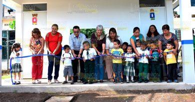 Alcaldesa Tlapacoyan Entrega Baños Jardín Niños