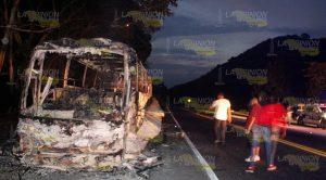 Arde Autobús Carretera Papantla Gutiérrez Zamora
