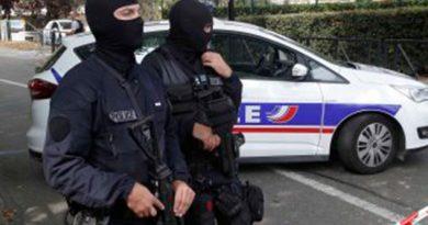 Ataque Cuchillo Cerca París Deja Dos Muertos Un Herido