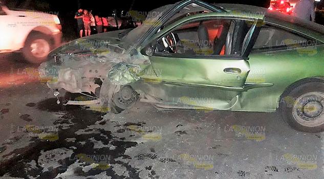 Chocan Contra Tráiler Casi Se Matan Tuxpan Tampico