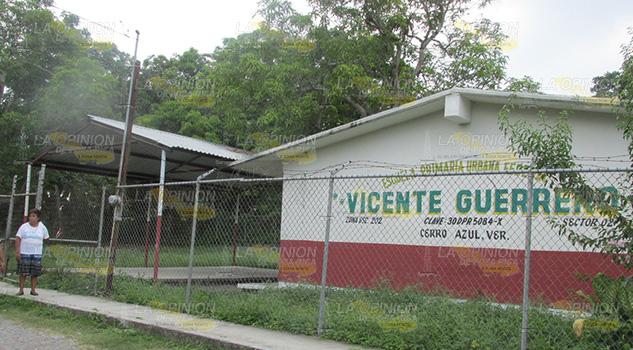 Crítico Descenso Matrícula Escuelas Cerro Azul
