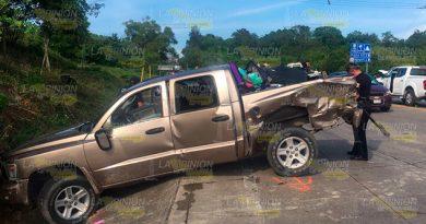 Encontronazo Sobre La México Tuxpan, Hay 5 Personas Lesionadas