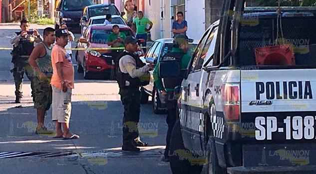 Hallan Poza Rica Taxista Con Balazo Cabeza