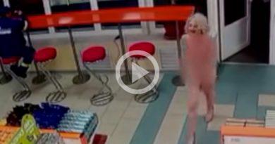 Juez Ruso Dimite Tras Grabar Acompañante Desnuda Comprando Champán