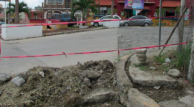 Se Pierde Agua Líneas Viejas Obsoletas Cerro Azul