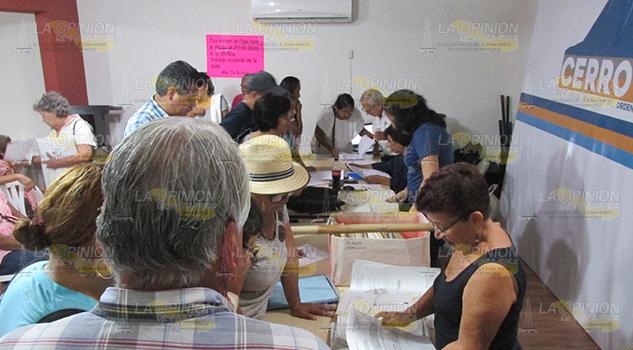 Solicitan Orientación Para Regularizar Predios Cerro Azul